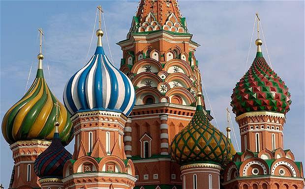"""Quotazioni per il petrolio, la Russia si prepara a """"tempi difficili"""""""